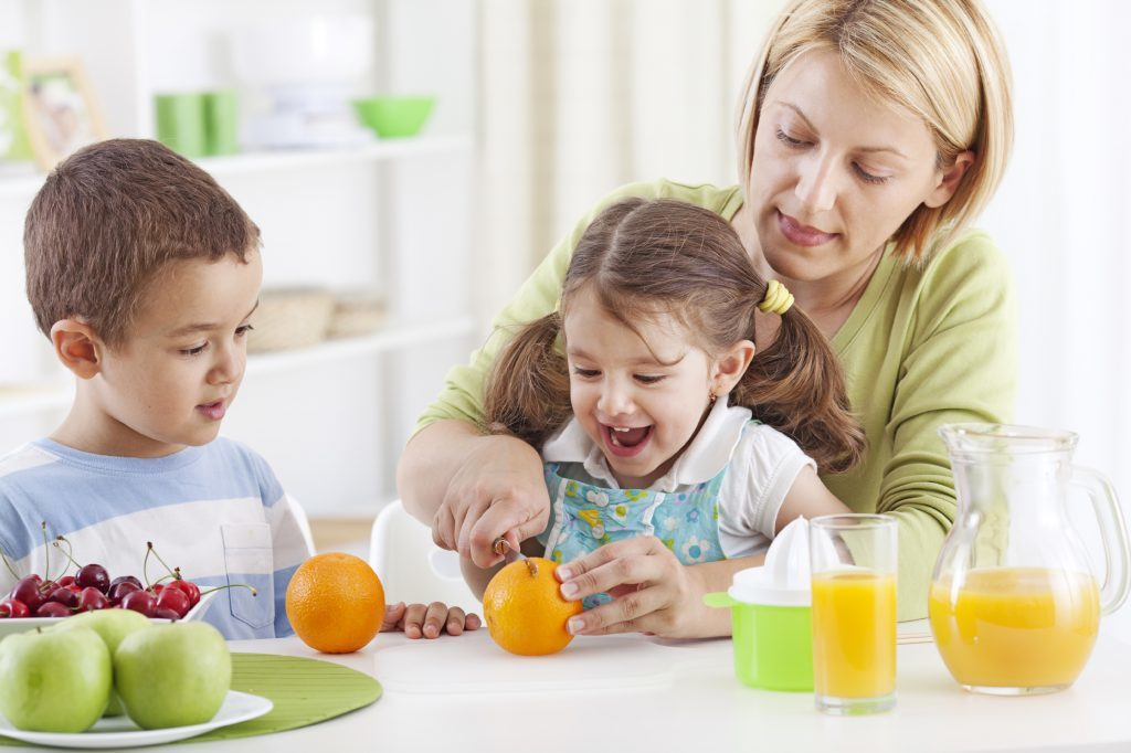 5 steps to eashroughoutier afternoons - bring on the snack for efficient energy boost of proteins and carbs to keep child positive and motivated t the afternoon | Tutor2you