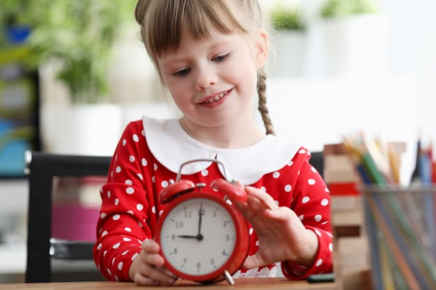 start getting your child to set their alarm clock - preparing for term 4 and why its important